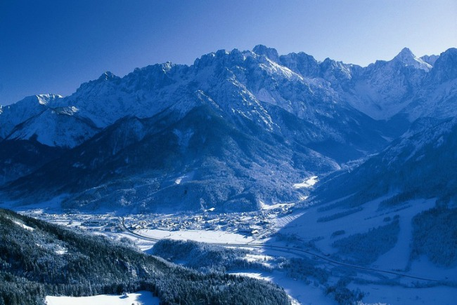 Kranjska gora winter credits by Flickr in CC