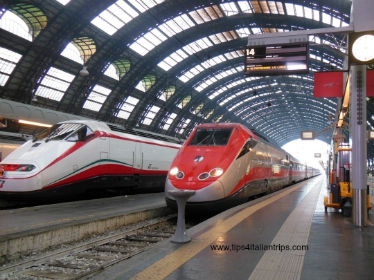 trenitalia-2-trains