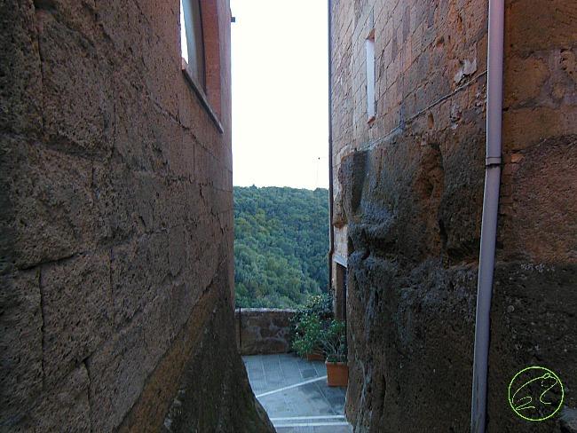 mura pitigliano