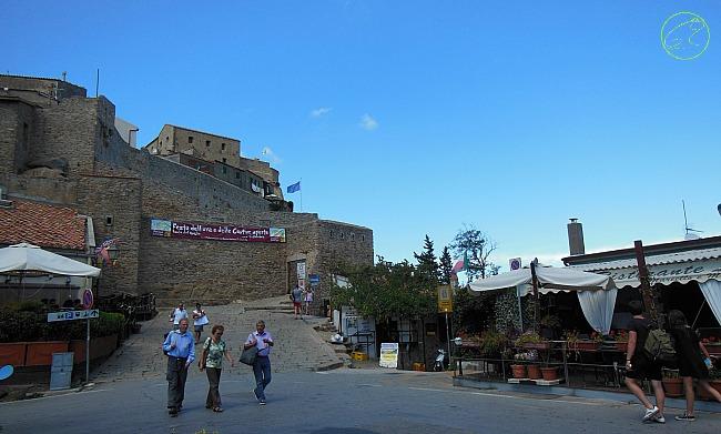 piazza giglio castello