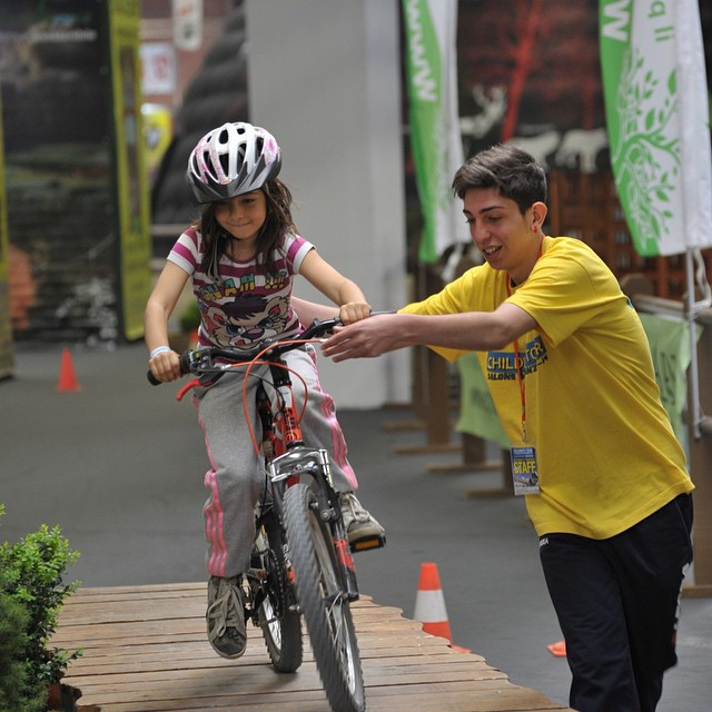 bimba in bici childrens tour