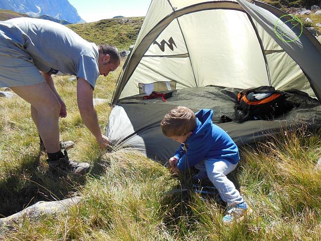 montare tenda bivacco
