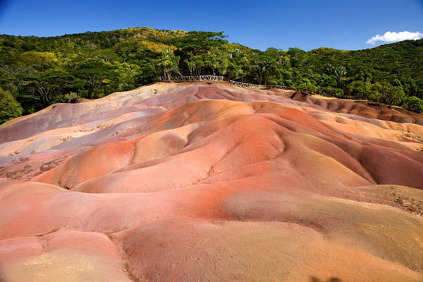 Le_terre_colorate_di_Chamarel