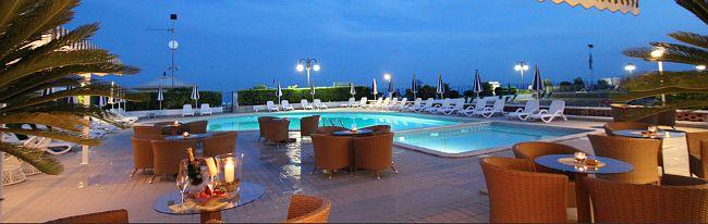 hotel delle mimose jesolo piscina