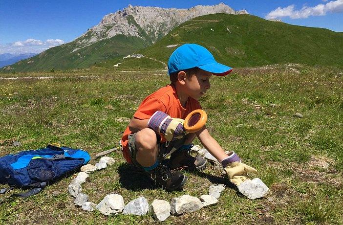 Montagna con bambini lista cose portare i viaggi dei rospi - Cosa portare in vacanza per i bambini ...