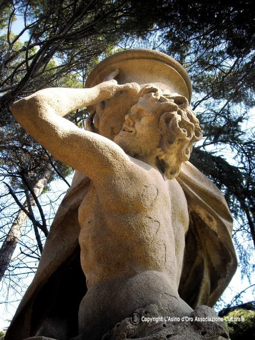 statua villa sciarra roma