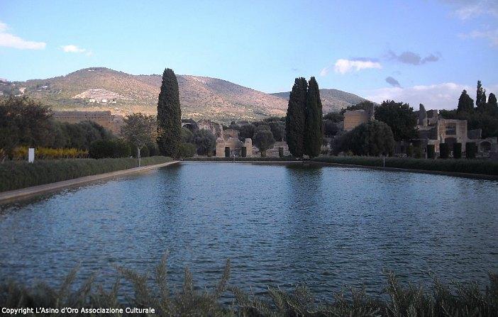 visitare villa adriana Pecile
