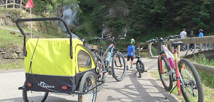Come portare in bicicletta i bambini: facciamo il punto