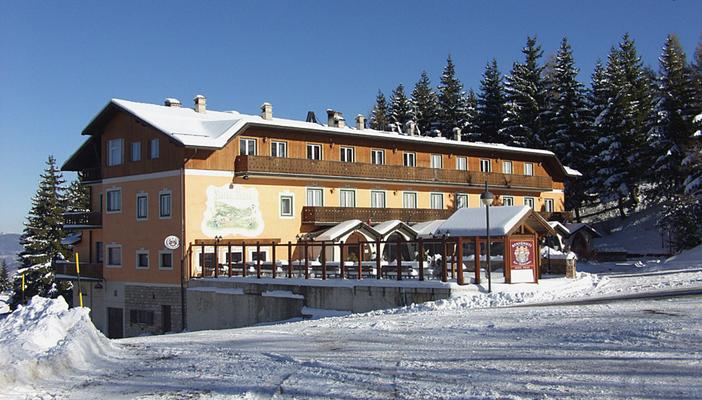 FAMILY HOTEL POLSA DI BRENTONICO