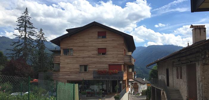 Dormire a Cavalese: l'Eco Park Hotel Azalea un gioiello di sostenibilità per famiglie