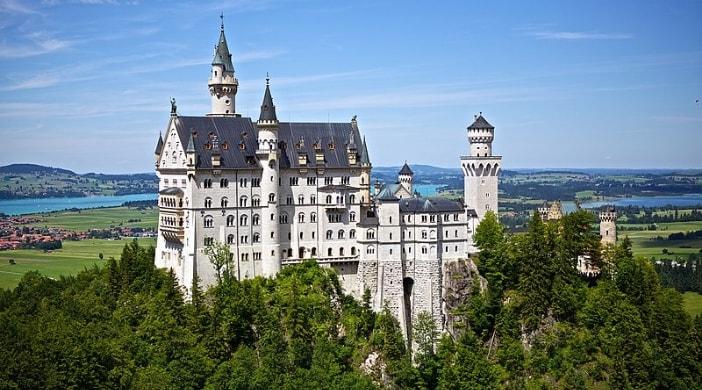 visitare la baviera in famiglia con un tour al castello della bella addormentata