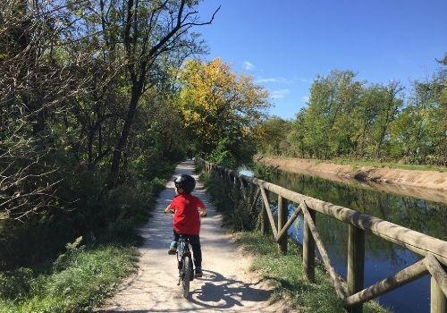 tour in bici sul canale villoresi con bambini